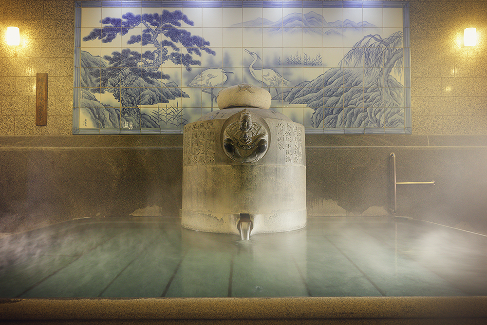 3,000년의 역사를 자랑하는 도고온천. 입욕하는 것만으로는 설명할 수 없는 도고온천 본관의 깊은 매력.